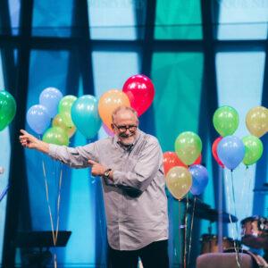 Bob and balloons!